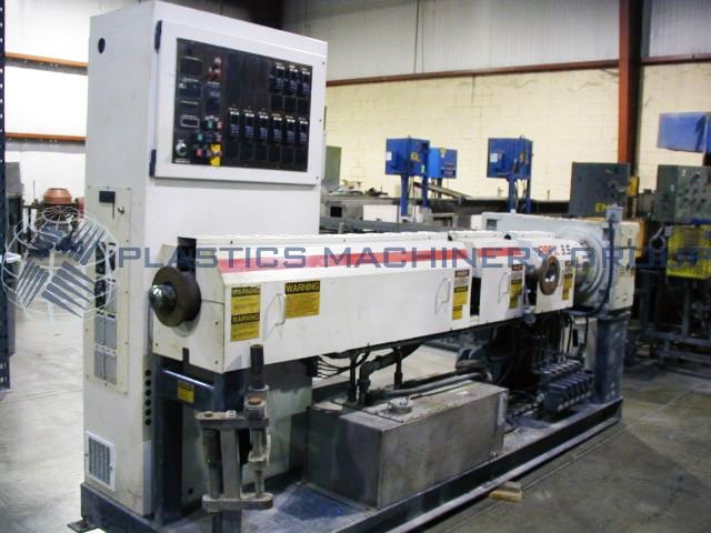 3.5 Cinci-Milacron Apex 30:1 L/D Single Screw Extruder